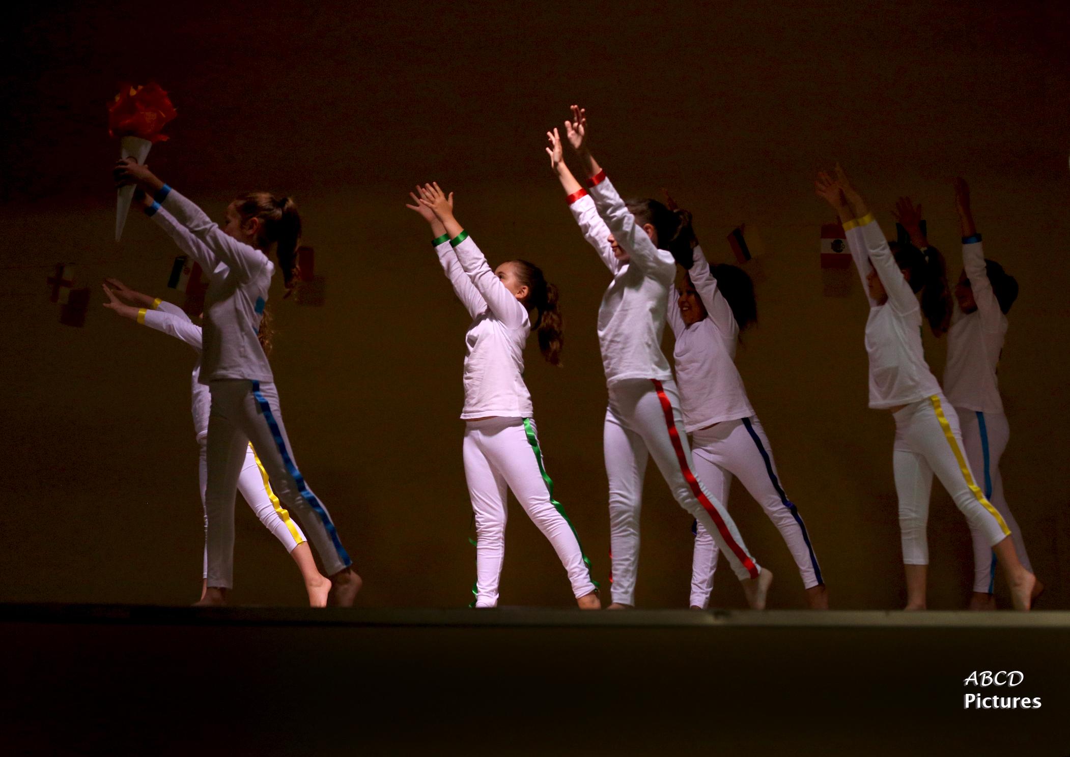 PLENITUDE 2019 - 05 Le Défilé Des Jeux Olympiques 03